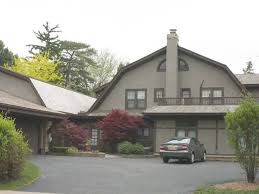 bernie sanders house in vermont celebrity house bernie sanders house snopes bernie sanders house