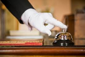 Hotel Front Desk Agent Staying At A Hotel Here U0027s How To Get An Upgrade Huffpost