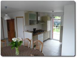 cuisine avec porte fenetre cuisine cuisine ouverte avec porte fenetre cuisine ouverte in