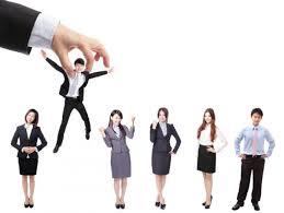 los 13 estereotipos comunes cuando se trata de armarios de segunda mano los estereotipos que no deben primar al escoger gerente empleo
