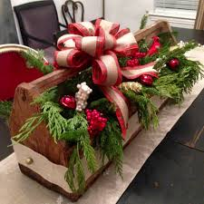 thrifty vintage toolbox christmas centerpiece christmas