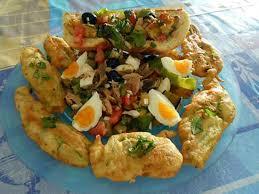 cuisiner fleurs de courgettes recette de de salade multicolore et beignets de fleurs de