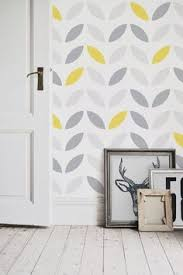 ellos kimiko wallpaper with geometric gold pattern livingroom