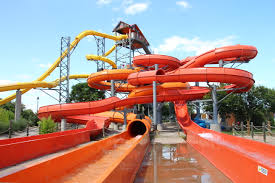 Six Flags Hurricane Harbor Hours Top 15 Water Parks In Texas Usa Fun In The Sun Trip101