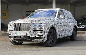 diamond plated rolls royce 2019 rolls royce cullinan spy shots and video