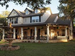 Homes With Front Porches Best 25 Wrap Around Porches Ideas On Pinterest Front Porches