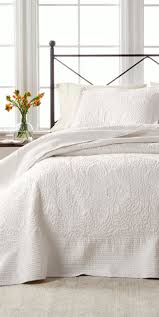 Difference Between Coverlet And Quilt 245 Best Bedroom Decor Images On Pinterest Bedroom Decor