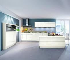 cuisine blanc et cuisine laque blanche plan de travail gris trendy cuisine metod