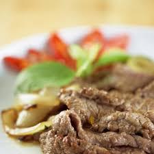 la cuisine thailandaise les classiques de la cuisine thailandaise tom kha saté et boeuf