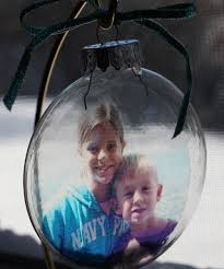 photo craft transparency photo ornaments mommysavers