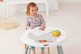 table activité bébé avec siege table d activité bébé évolutive avec siège et 25 jeux d éveil