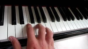 ukulele keyboard tutorial addict with a pen tutorial youtube