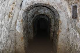 did you know in buckinghamshire england is a network of tunnels