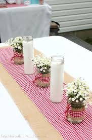 Homemade Table Centerpieces For Parties by 25 Best Western Party Centerpieces Ideas On Pinterest Cowboy