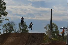 Scenes From A Bigass Local Race Briarcliff Battle Ohio Moto