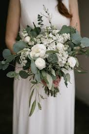 white wedding bouquets emotional green and white wedding in wisconsin ivory wedding