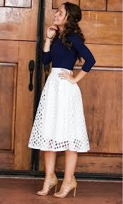 sous les jupes au bureau 1001 idées pour jupe taille haute comment l assortir