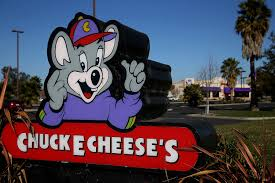 chuck e cheese s woos parents with new menu items money