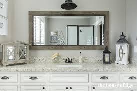 farmhouse style bathrooms how to create the perfect farmhouse style bathroom