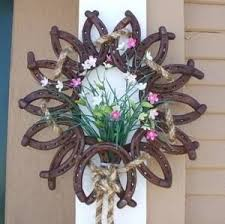 horseshoe wreath horseshoe wreaths found on projects to try