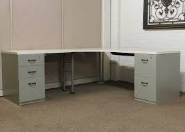 pre owned desks and workstations discount office solutions