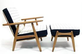 Danish Chair Design by Norepro