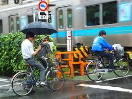 best bike rain jacket rainy day cyclists in tokyo tokyo by bike cycling news