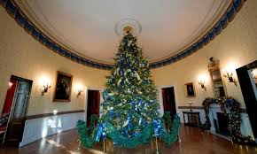 white house christmas decorations personally chosen by melania