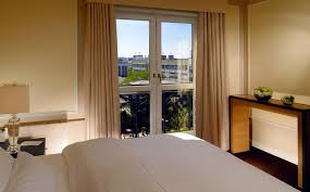 Schlafzimmer Der Queen 2015 Ihre Suite In Berlin Unsere Junior Suite Im The Westin Grand