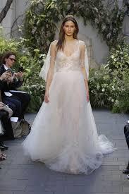 wedding dress trend 2017 2017 wedding trends bridal fashion trends for 2017