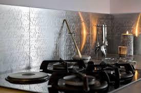 revetement mural inox pour cuisine refaire sa cuisine pas cher le must des idées faciles