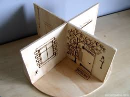 lovely idea for a little rotating doll house with