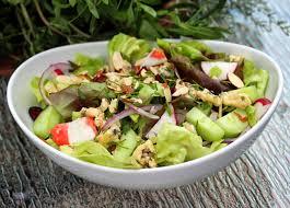 sarriette cuisine au gré du marché salade parfumée au bleu aux amandes aux