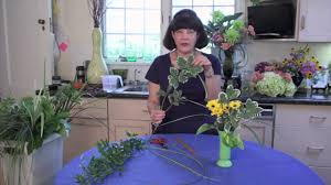 type of foliage for flower arranging flower arrangements youtube