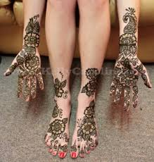 feet henna tattoos by kelly caroline henna artist michigan