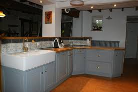 cuisine en bois gris photo cuisine grise et bois maison design bahbe com
