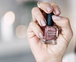how to apply sparkly nail polish right fashionisers