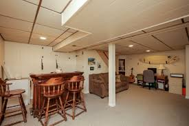 Hardwood Floor Refinishing Phoenixville Pa Houselens Properties Houselens Com Seanmcgurk 28977 10 Dianna Dr