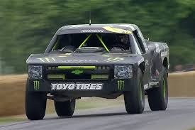 baja truck suspension watch bj baldwin unleash his 800hp chevrolet trophy truck