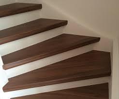 treppe mit vinyl bekleben tilo hornoff renovierung türrenovierung treppenrenovierung