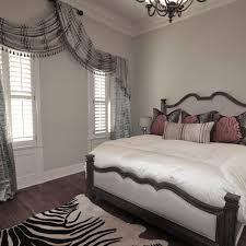 Bedroom Windows Decorating Window Treatments For Bay Windows Decor Surripui Net