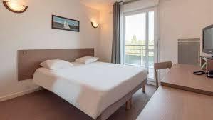 chambre de commerce de versailles horaires appart hotel versailles cyr l ecole votre appartement hôtel