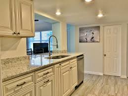 beach bungalow on anna maria island located within walking