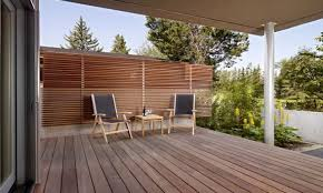 creative outdoor privacy wall backyard pinterest privacy wall