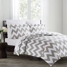 Light Pink And White Bedroom Best Ideas About Grayg Light Pink And Grey Bedroom Chevron Baby