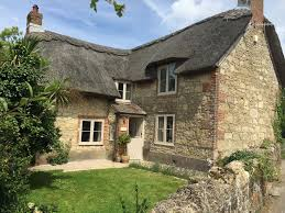 18thc detached thatch cottage grade ii listed pet friendly