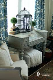 Small Living Room Desk I Know Where Would Put This But Love Desk Painted Room Living