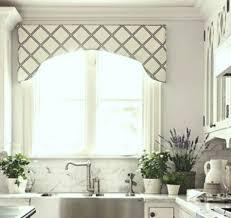 window treatments kitchen 269 best kitchen decor images on pinterest window treatments