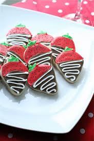 Chocolate Covered Strawberries Tutorial Chocolate Covered Strawberry Sugar Cookies The Curvy Carrot