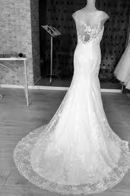 robe de mariã e avec dentelle robe de mariã e dentelle dos nu idée de mariage à essayer